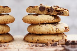 Peanut Butter Cookies mit Chocolate Chunks | www.jennyisbaking.com