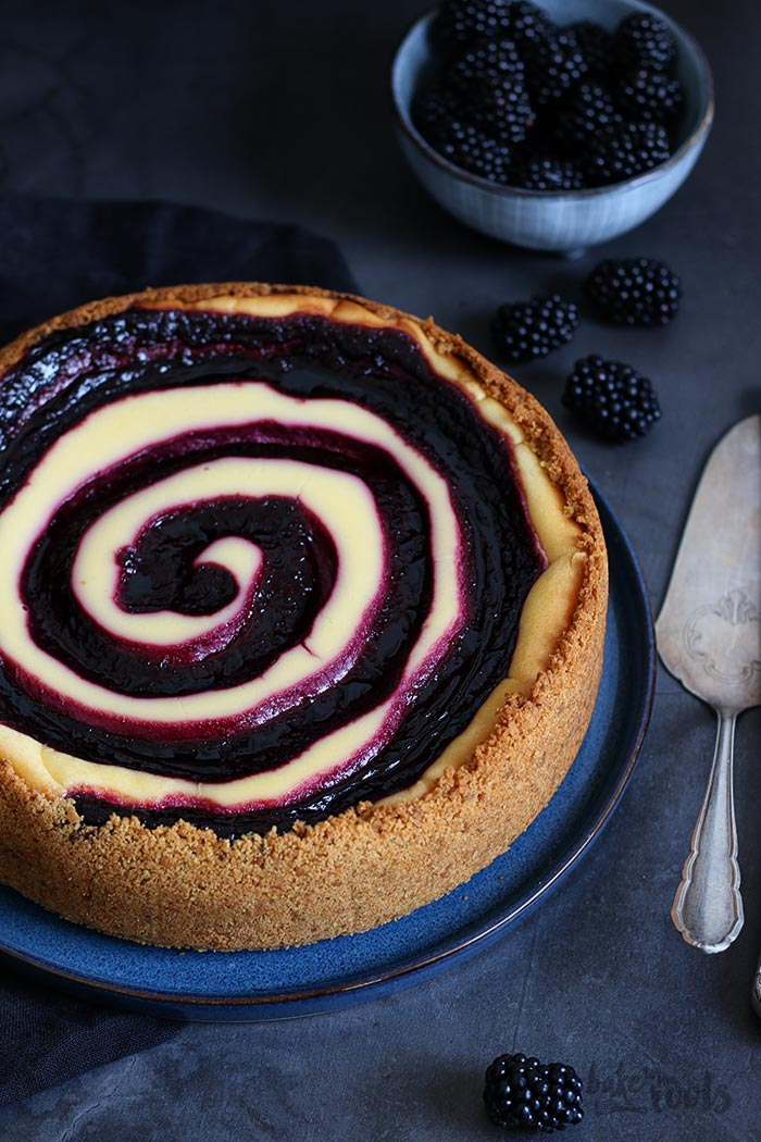 White Chocolate Blackberry Swirl Cheesecake | Bake to the roots