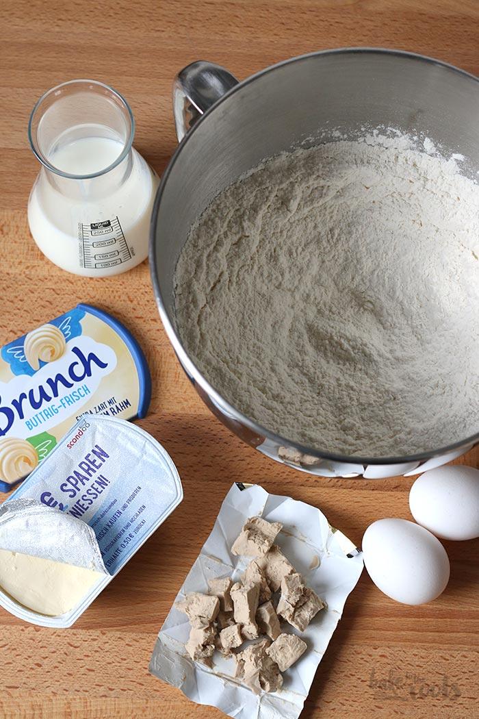 Einfache Sonntagsbrötchen aka. Milchbrötchen | Bake to the roots