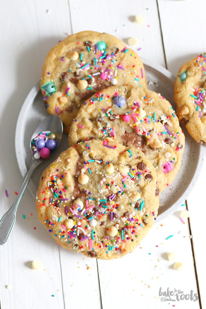 Stuffed Monster Chocolate Chip Cookies with Nutella and Sprinkles | Bake to the roots