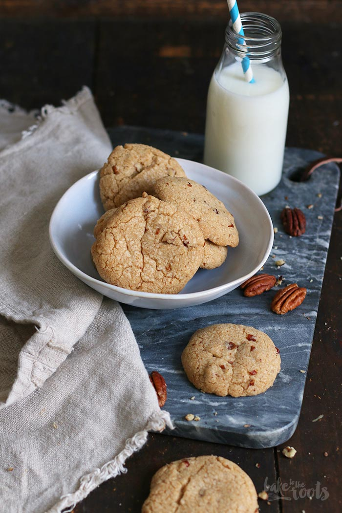 Vegan Pecan Cookies | Bake to the roots