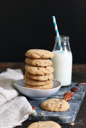 Vegan Pecan Cookies