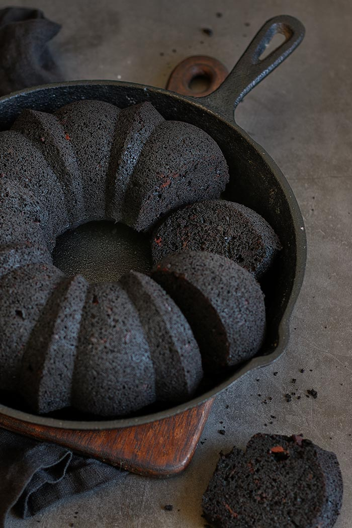 Black Out Chocolate Fudge Bundt Cake | Bake to the roots