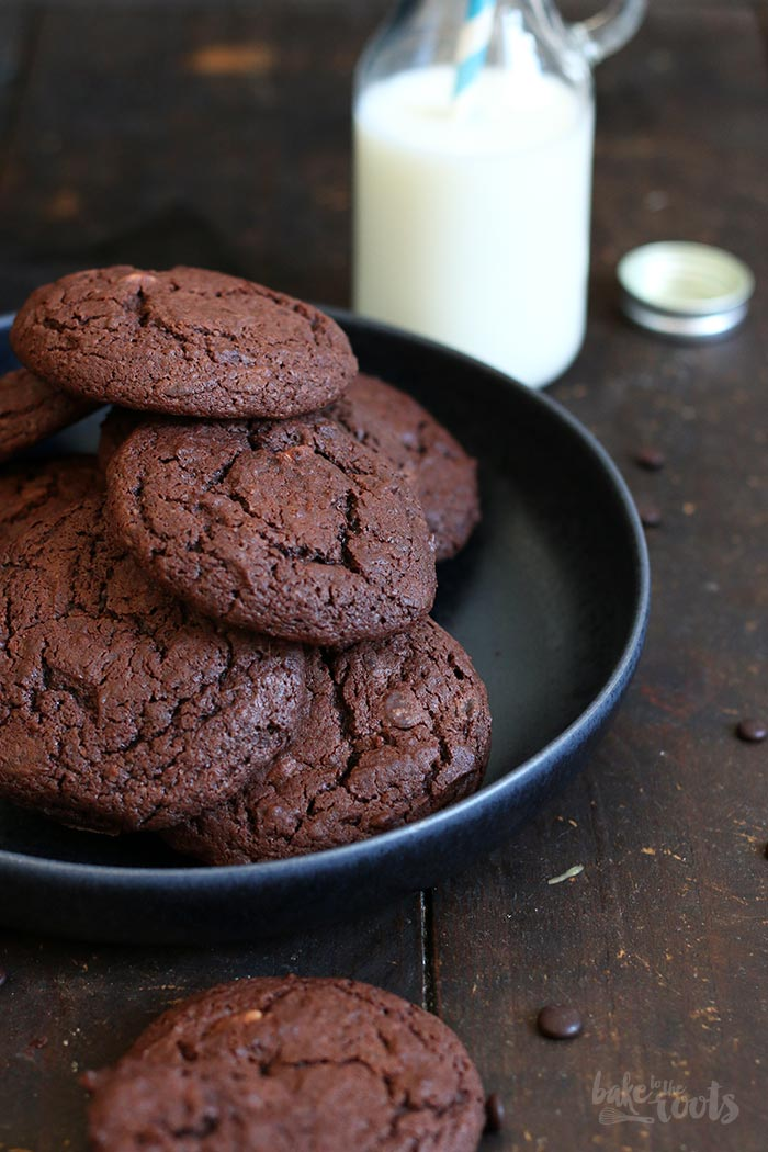 Sour Cream Chocolate Cookies | Bake to the roots
