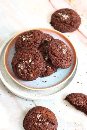 Double Chocolate Cookies mit geräuchertem Meersalz