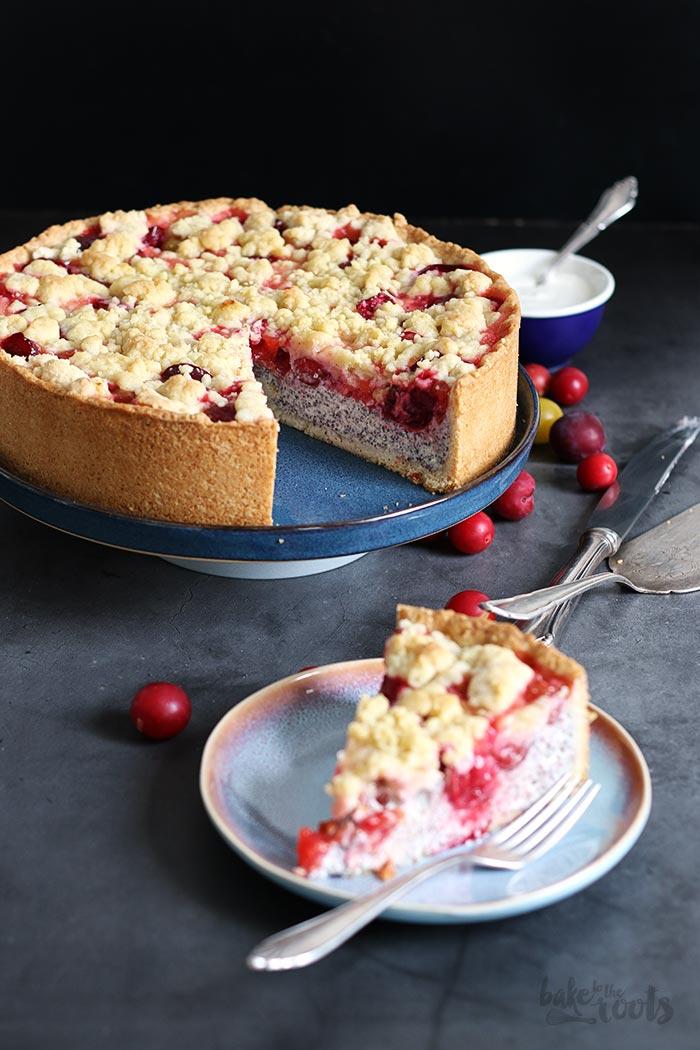 Mirabellen Mohn Streuselkäsekuchen | Bake to the roots