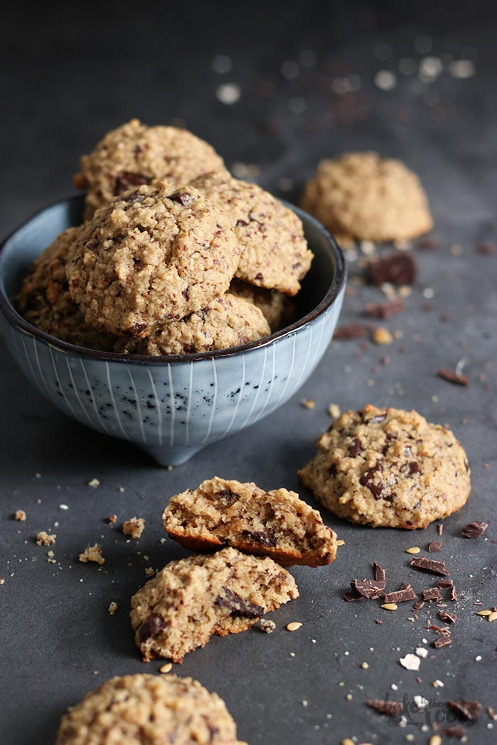 Oatmeal Tahini Chocolate Chip Cookies   Bake to the roots