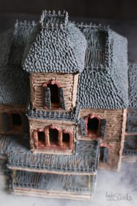 Halloween Hounted Gingerbread House   Bake to the roots