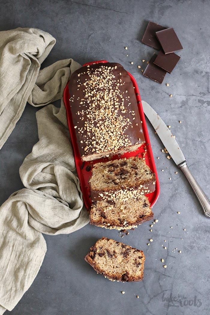 Saftiger Haselnuss Schoko Kastenkuchen | Bake to the roots