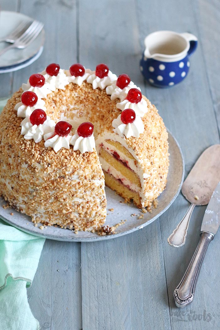 Frankfurt Crown Cake Aka Frankfurter Kranz Bake To The Roots