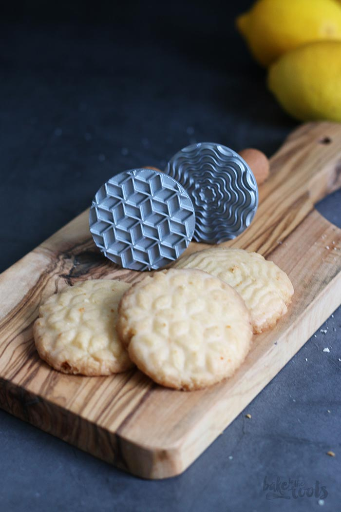 Stamped Citrus Shortbread Cookies | Bake to the roots