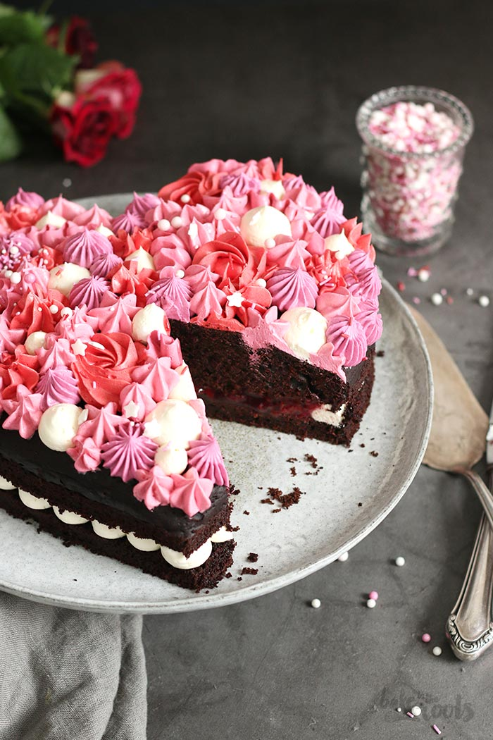 Valentine S Day Chocolate Heart Cake Bake To The Roots