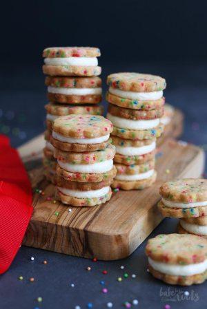 Bunte Funfetti Sandwich Cookies