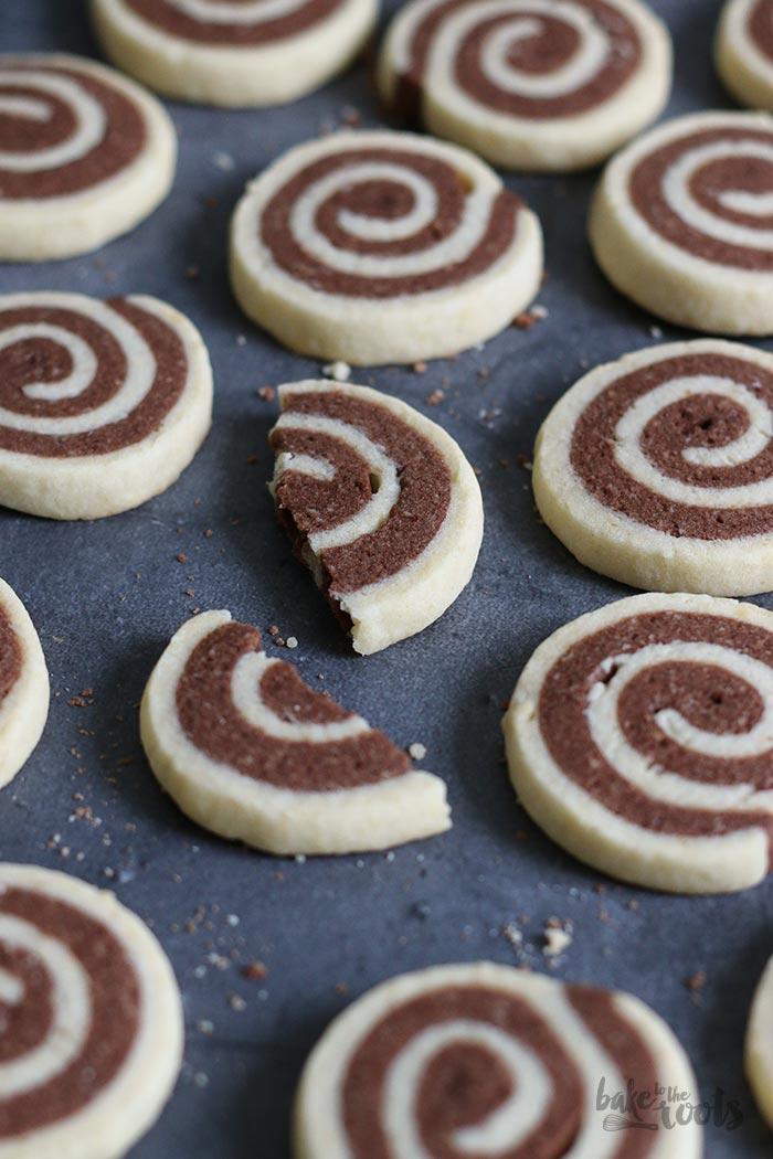 Schwarz-Weiss Plätzchen | Bake to the roots