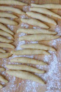 Schupfnudeln mit Sauerkraut | Bake to the roots