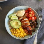 Quinoa Bowl with Chicken and Hummus | Bake to the roots