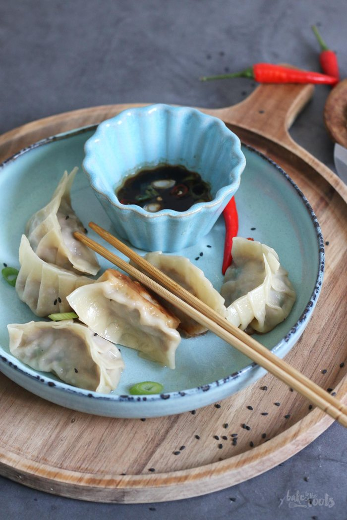 Potstickers with Pork and Napa Cabbage | Bake to the roots