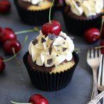 Schwarzwälder Kirsch Cupcakes | Bake to the roots