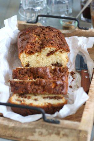 Cinnamon Streusel Loaf Cake