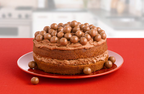 Red Nose Day Malteser Cake Bake With Me