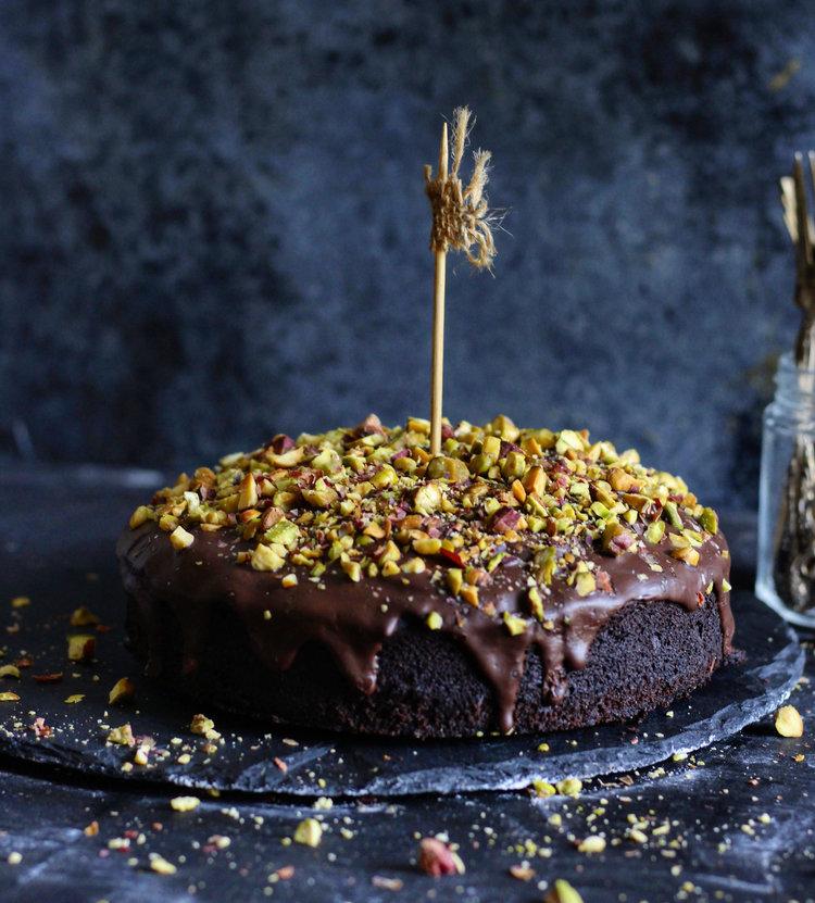 simple vegan chocolate cake