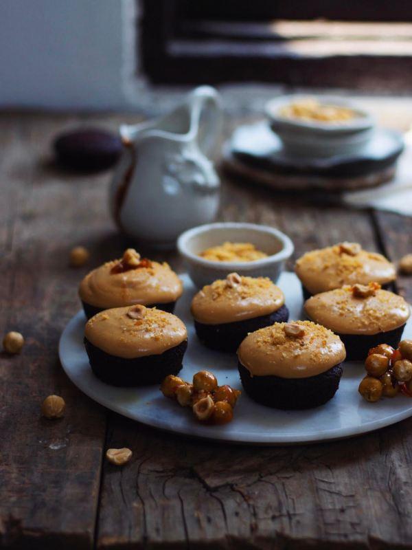 EGGLESS MINI CHOCOLATE CAKES WITH CARAMEL FROSTING AND HAZELNUT PRALINE