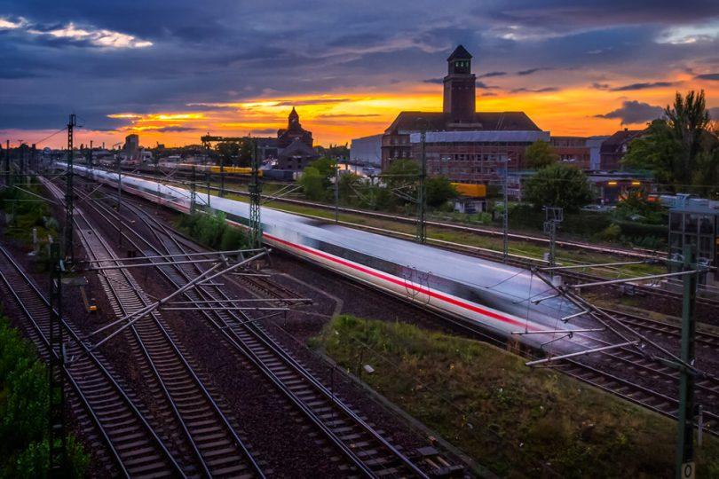 uzun-pozlama-hareket-etkisi-efekti-tren-berlin