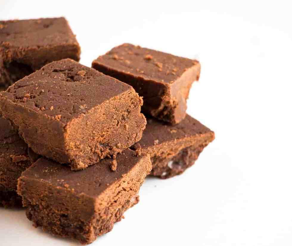 2 Ingredient Dark Chocolate Fudge