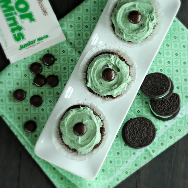Mint Chocolate Cookie Cupcakes