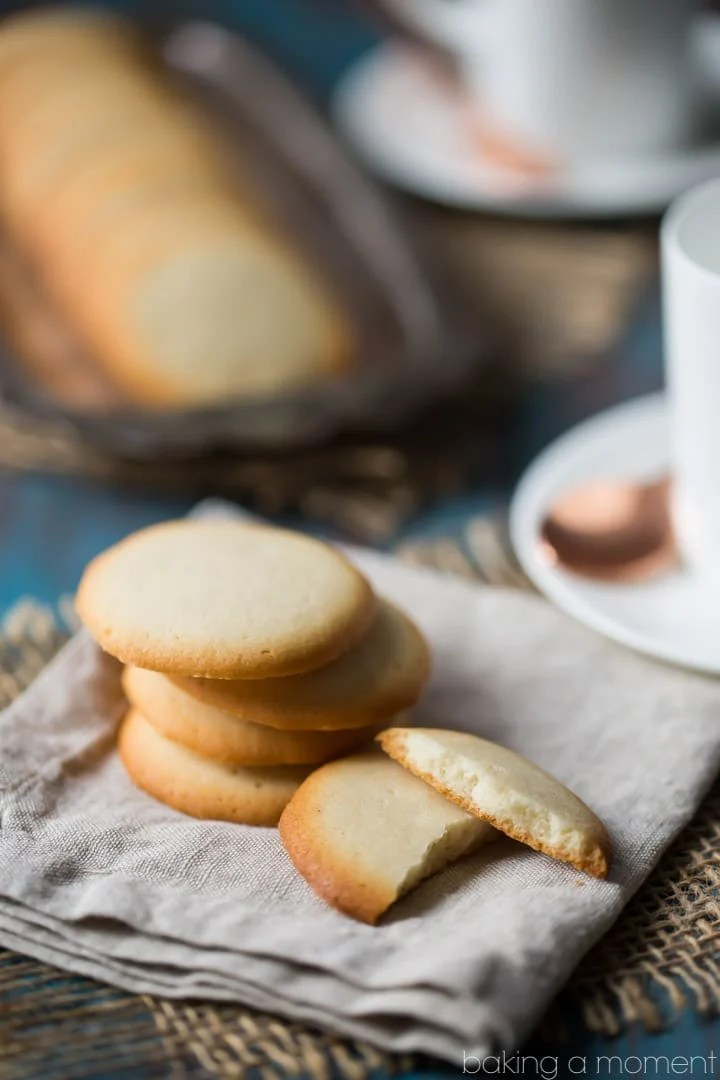 Old Fashioned Brown Edged Cookies