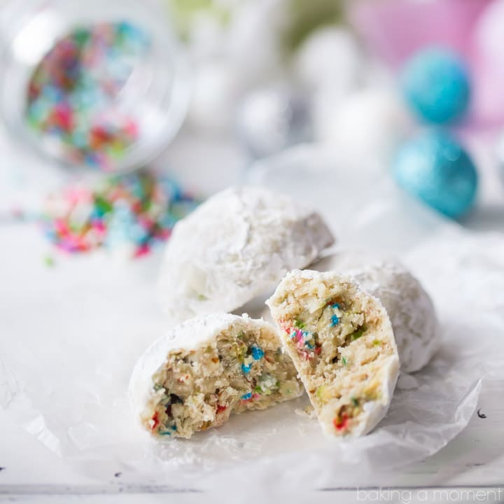 Nutty, buttery, and so much fun! These funfetti cookie balls are such a delicious way to enjoy the holiday season. Perfect with a cup of hot cocoa! food desserts cookies @diamondnuts #sponsored