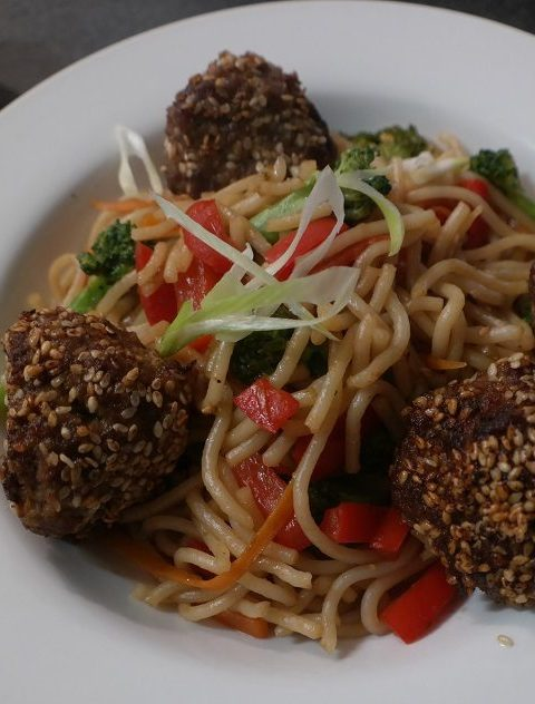 thin rice noodles with sesame meatballs