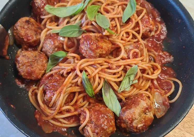 Pork and veal meatballs in spaghetti