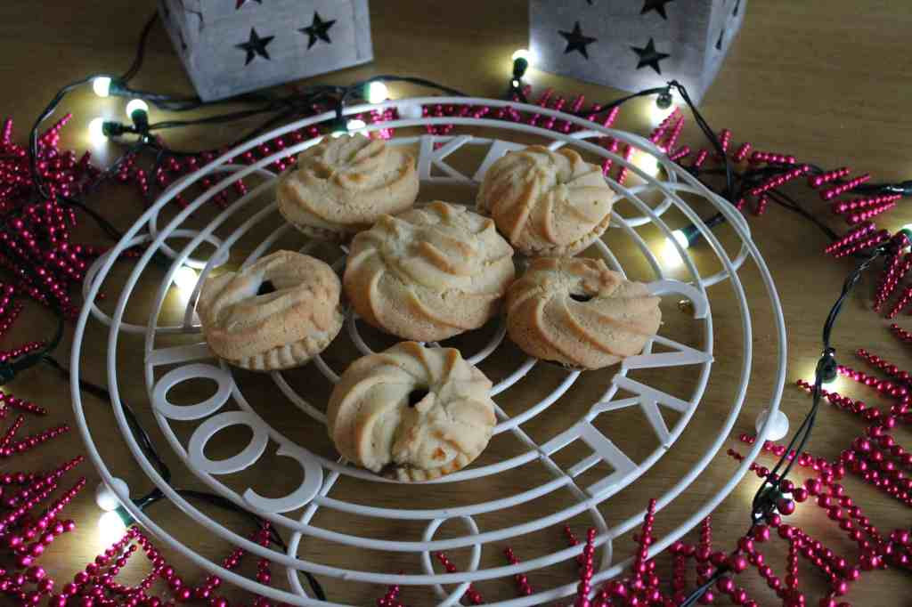 Cranberry and Almond Viennese Whirl Mince Pies
