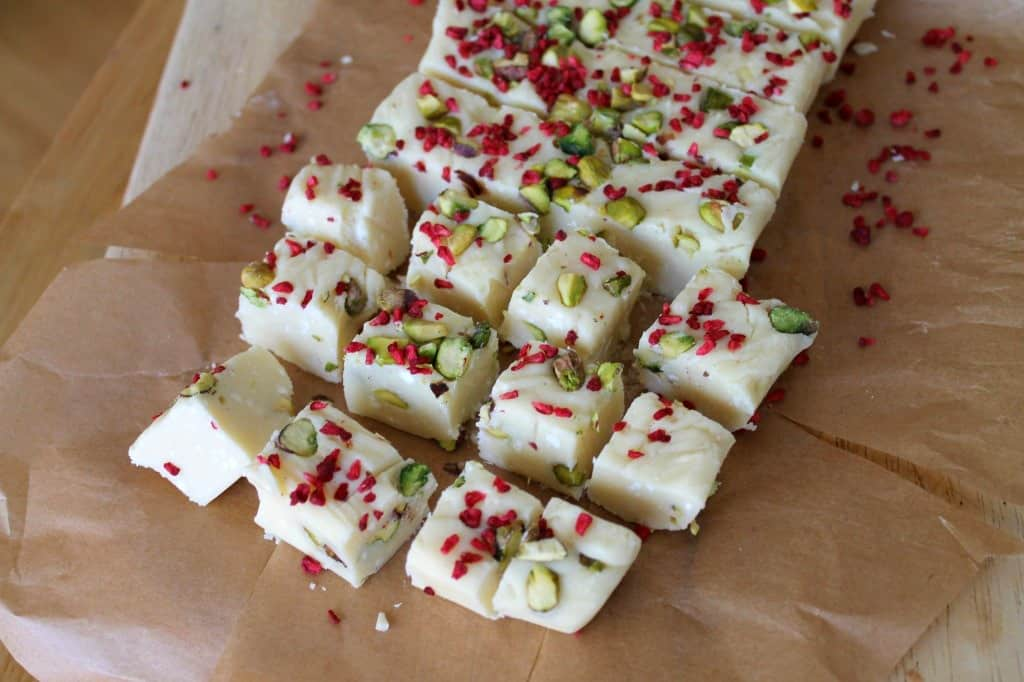 Slow Cooker White Chocolate Fudge with Pistachio and Raspberry