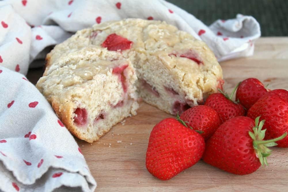 Slow cooker strawberry scone recipe