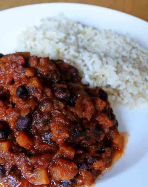 Bacon and black bean chilli - Roast Chicken and a Country Walk
