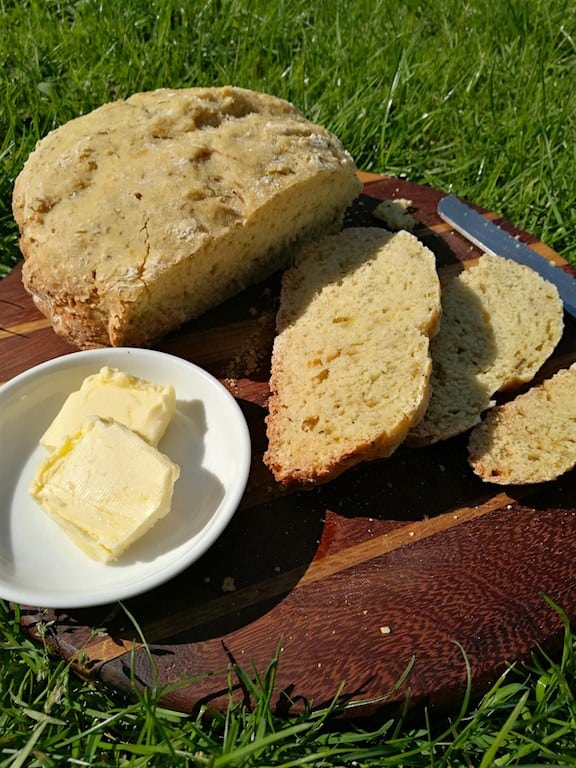 Slow Cooker Lemon & Herb Soda Bread - Munchies and Munchkins