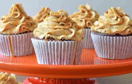 Chocolate and Biscoff Buttercream Cupcakes with Salted Caramel Drizzle