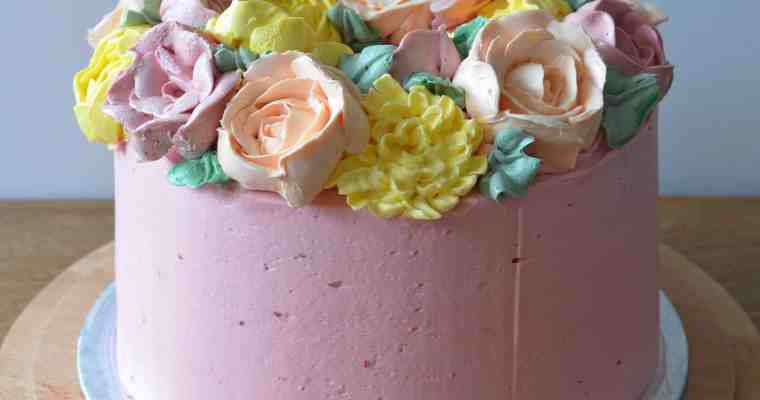 Buttercream Flower Wreath Layer Cake