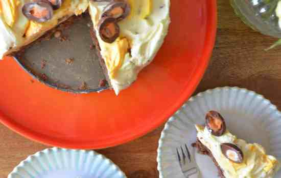 No-Bake Creme Egg Cheesecake
