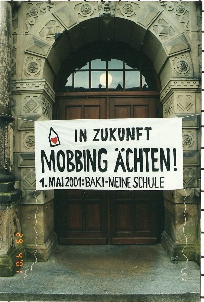7. Anti-Mobbing-Tag in Bremen / Dr. Peter Wickler wurde mit dem Anti-Mobbing-Award 2010 aus Berlin ausgezeichnet (5/6)