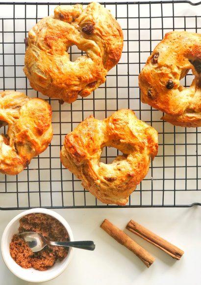 Thumbnail for Kaneel-rozijnen Bagels