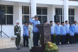 Pembina Upacara, Rektor UM, Prof. Rofi'uddin