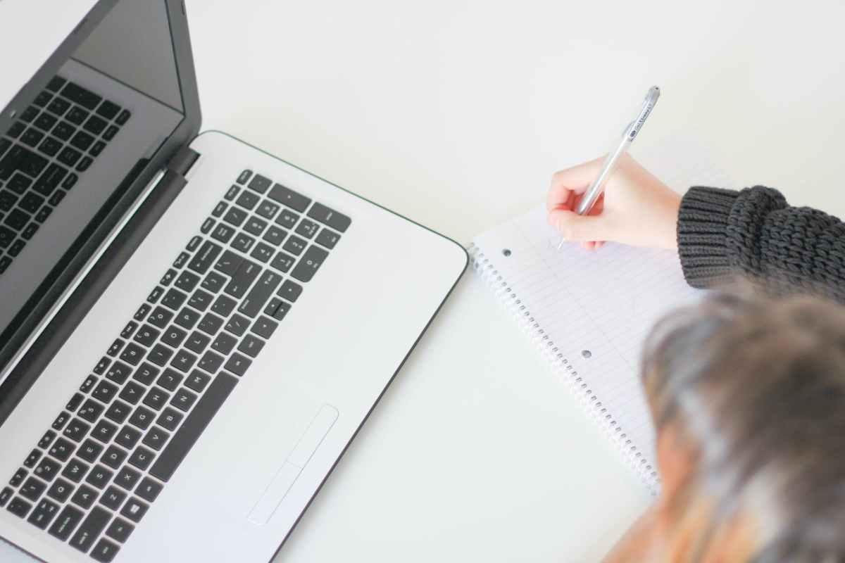 Trik Menulis Copywriting