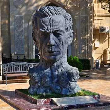 "Statue of Aliaga Vahid. Monument of great ""Khan of the ghazals"""