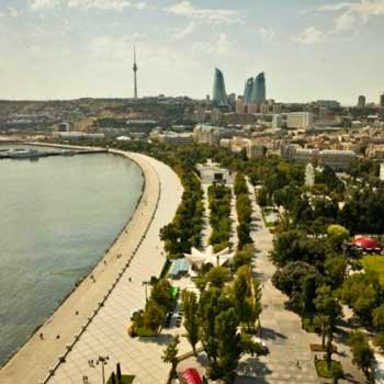 Baku Boulevard. National Seaside Park in Baku, Azerbaijan