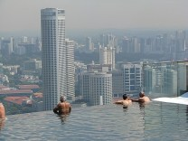 1.1305829651.now-that-is-an-infinity-pool