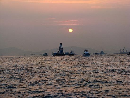 1.1306937663.hong-kong-sunset