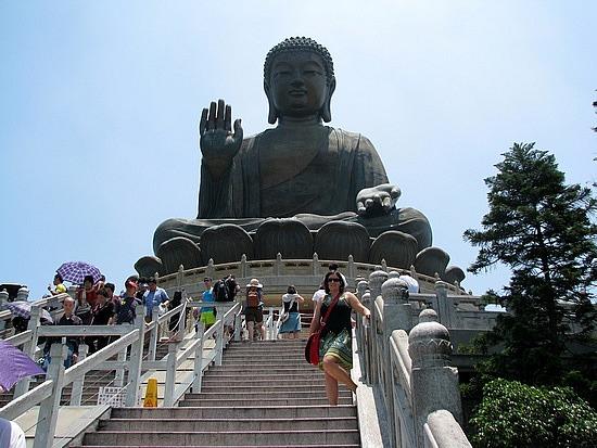1.1306937663.the-big-buddha-on-lantau-island